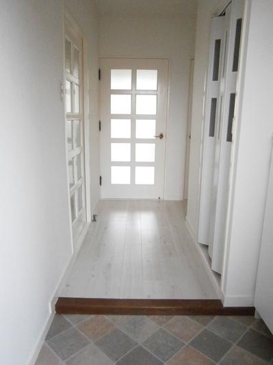206号室玄関.JPG