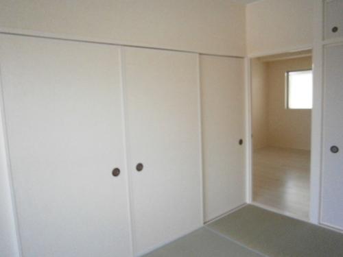 P3300086 木部白色和室.JPG